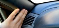 """3 способа избавиться от """"сверчков"""" в автомобиле"""