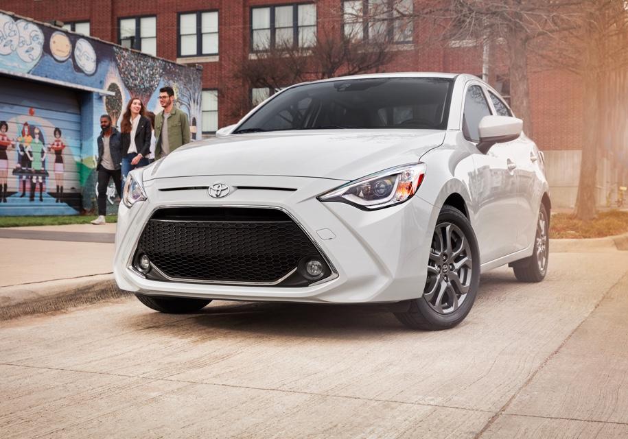 Тоёта представила седан Тойота Yaris 2019 модельного года